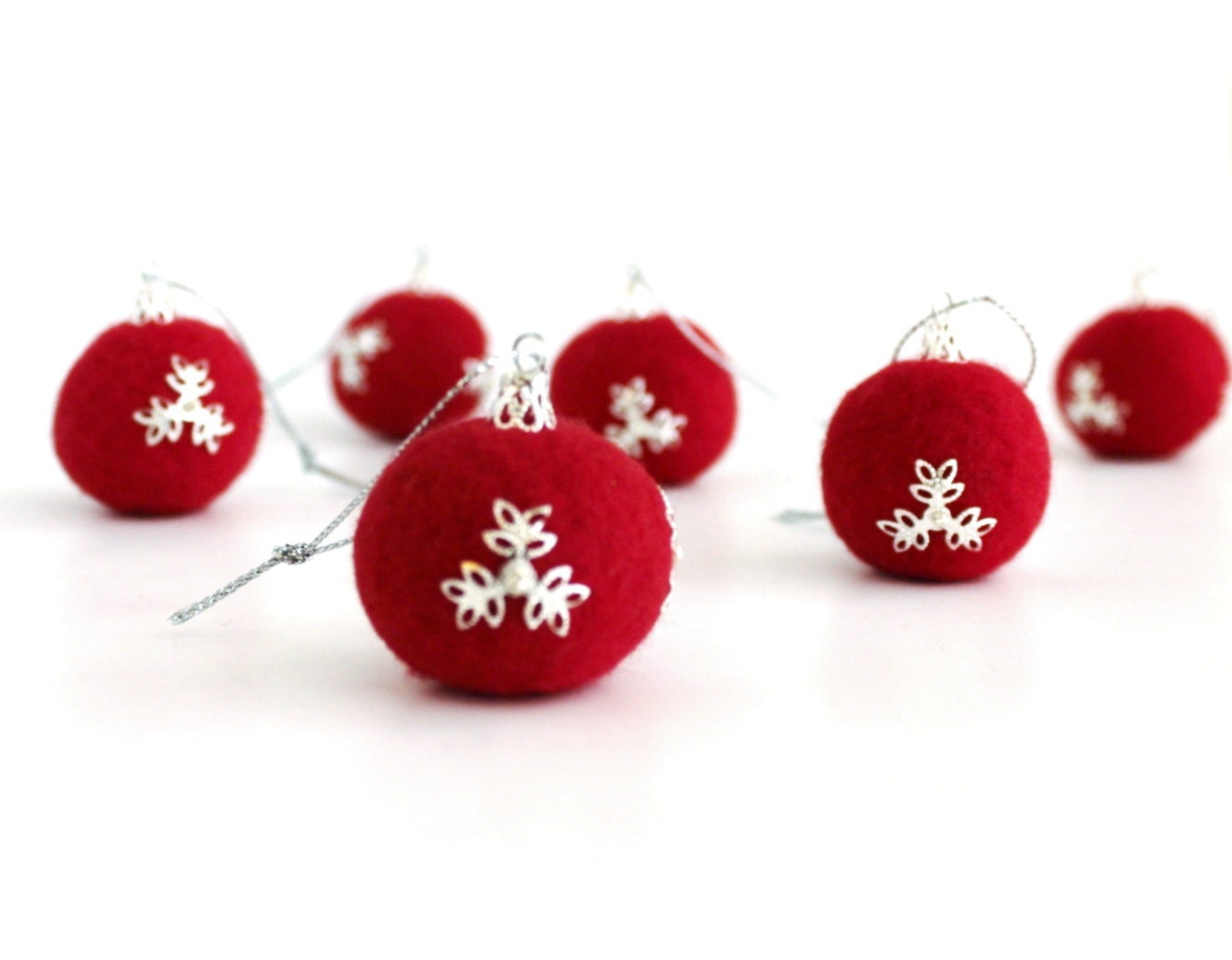 Christmas Ornaments - Red Felt Balls - Set of 6 - TheDwarfRam
