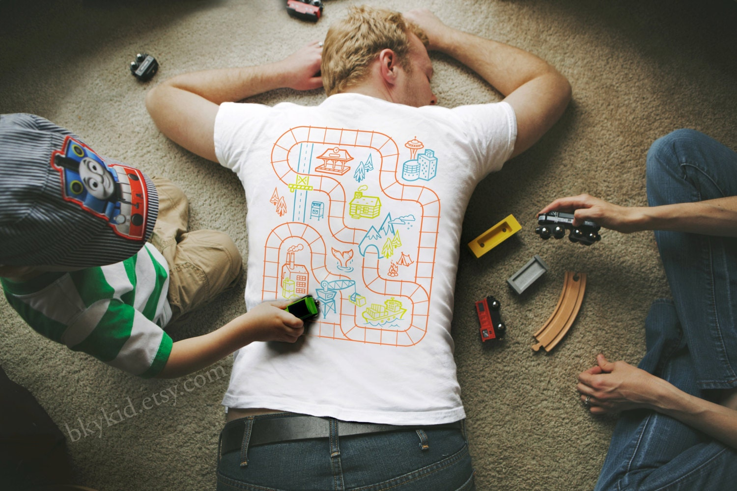 Size 2XL - Railroad Play Mat T-Shirt : Playtime for Kids, Back Massage for Dad / Fathers Day Gift New Daddy Father Son Train Track Mat