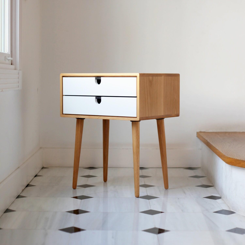 mid century skandinavischen beistelltisch von habitables auf etsy. Black Bedroom Furniture Sets. Home Design Ideas