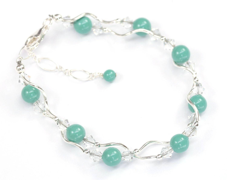 Bridal Party Bracelet Swarovski Pearl and Crystal Bracelet Jade Swarovski Pearls Bridesmaid jewelry - LizardiBridal