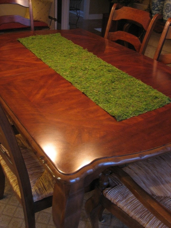 Etsy Moss by Runner table runner on etsy Table bloomingcouture