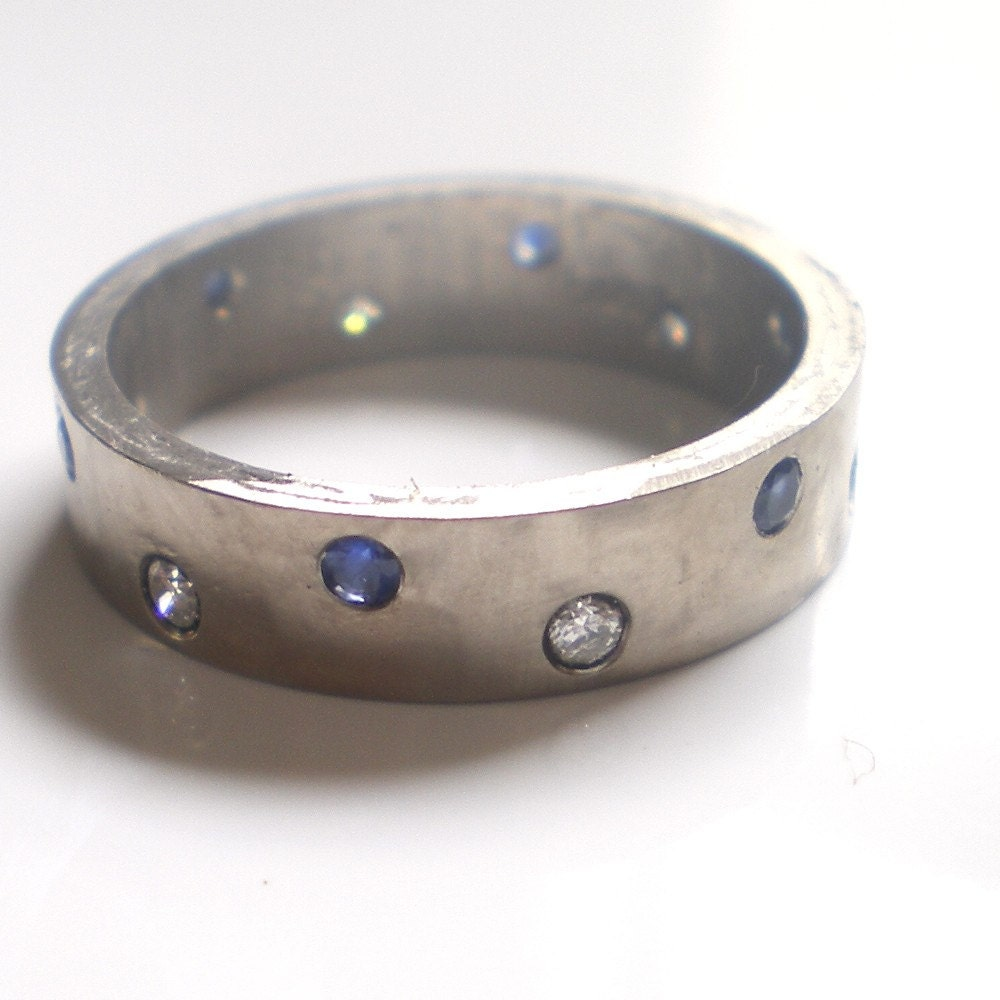 Night and Day 18K white gold 5 mm band and diamonds