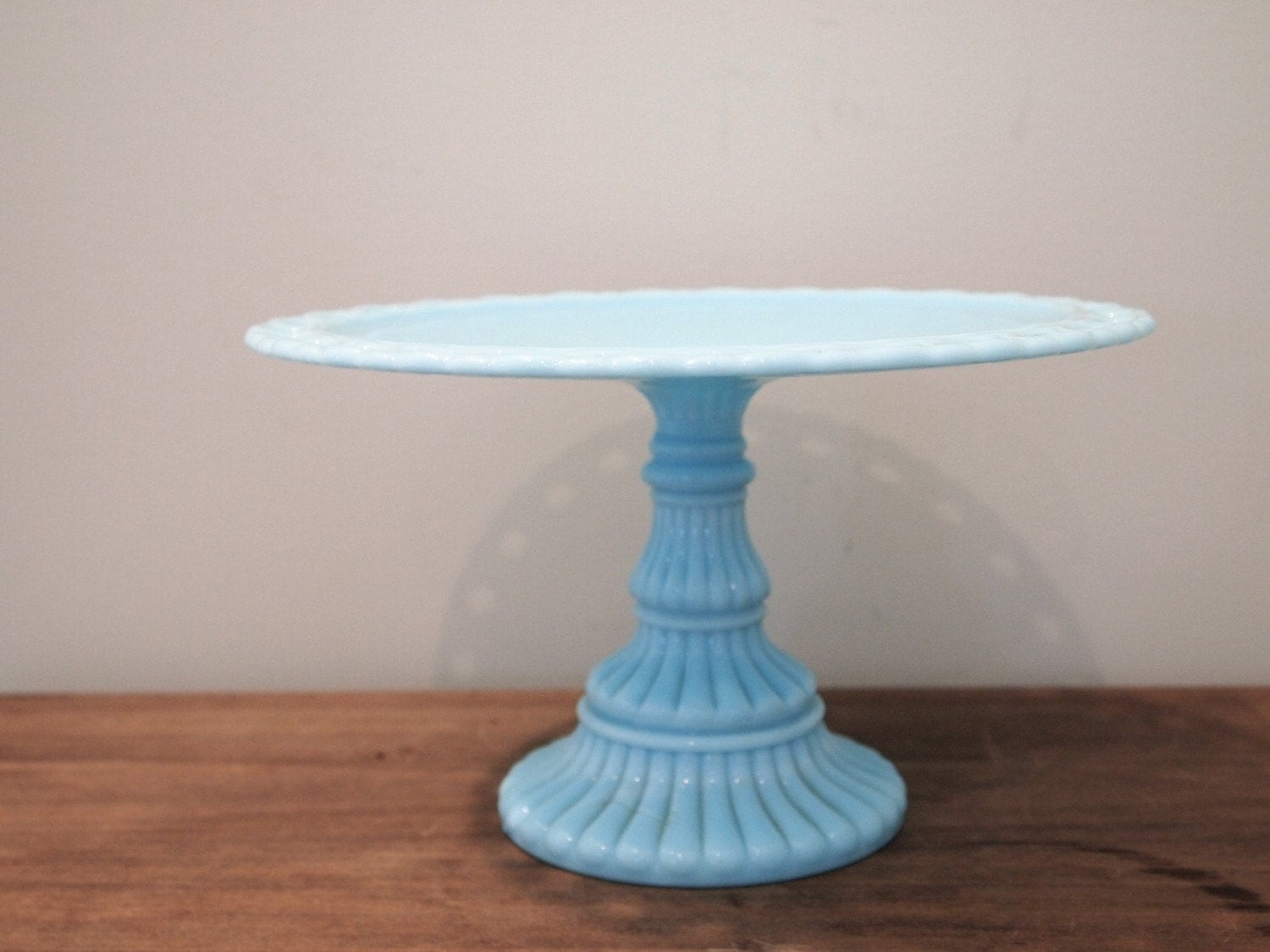 Vintage imperial blue milk glass cake stand by kingsdownroad for Colored glass cake stand