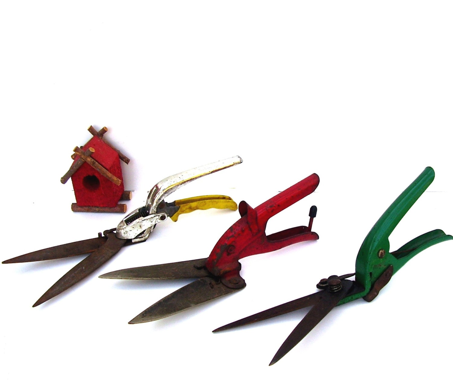 Vintage Garden Shears Antique Garden Tools 3 Rustic Colors - OceansideCastle