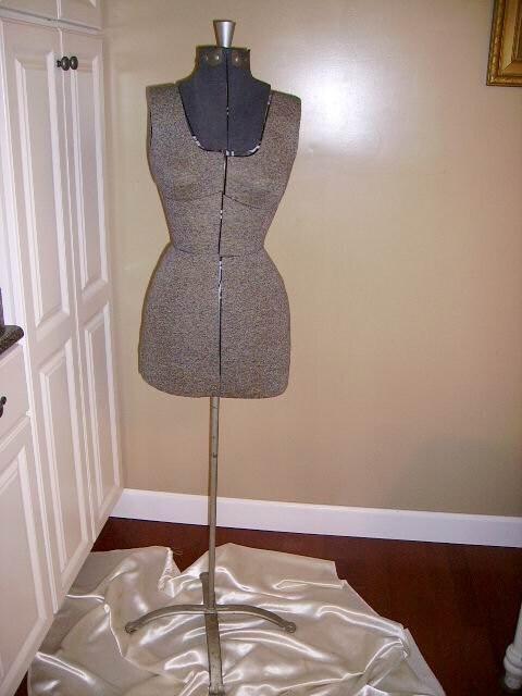Vintage Dress Forms For Sale 77
