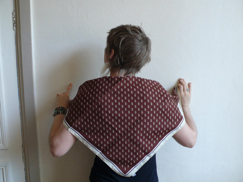 une foulard anglias, good housekeeping, 60s