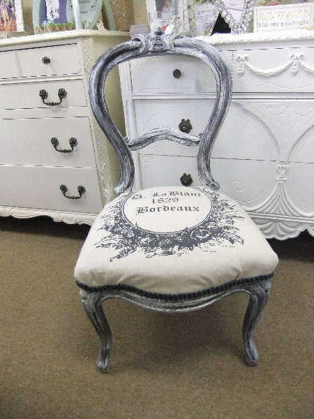 Petite Chair with French Print Seat Cover