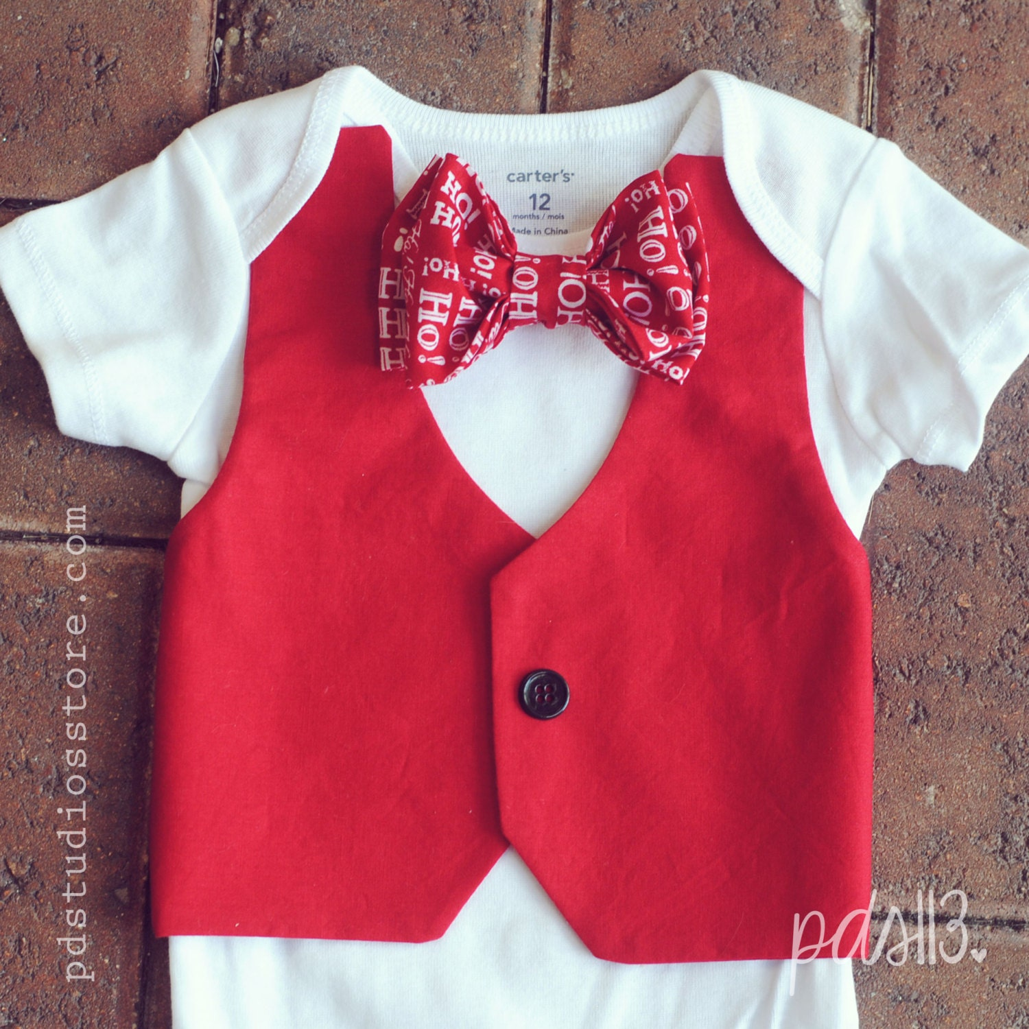 Our Etsy Favorites: Cuddly Christmas Outfits for Boys