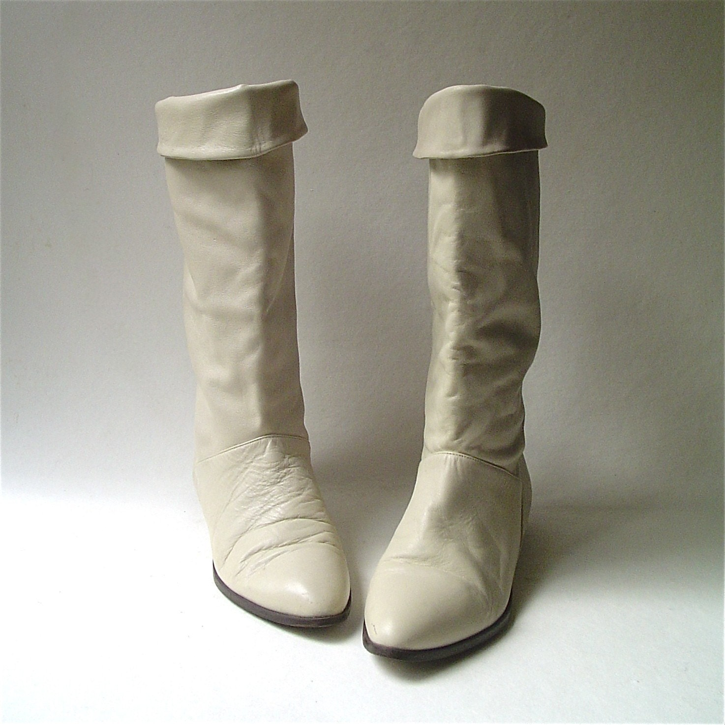 vintage 80 s ivory leather boots by skinnyandbernie