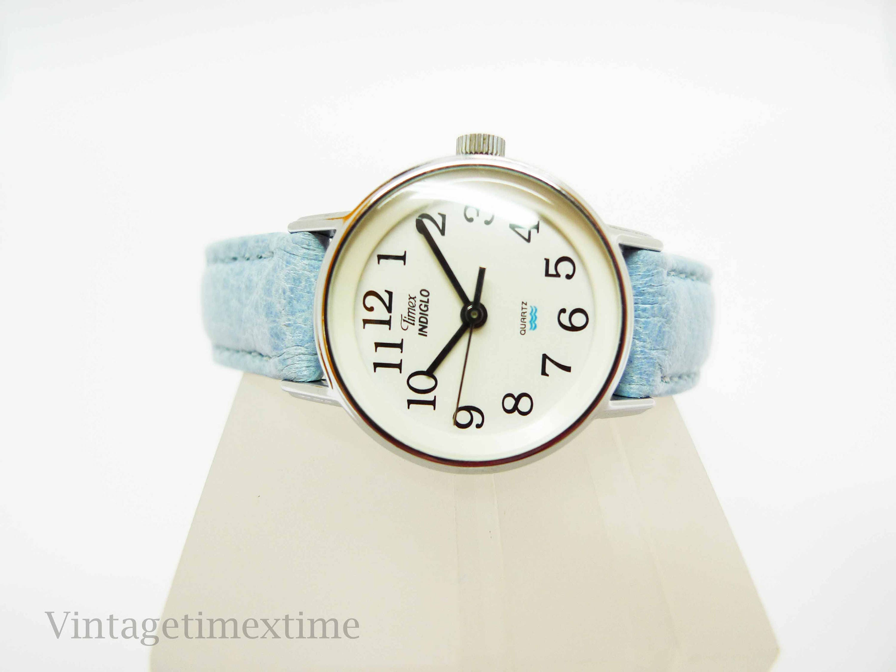 Timex Indiglo Ladies White Dial Watch 1980s Quartz Movement