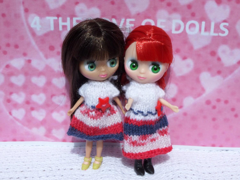 Petite Blythe  Littlest Pet Shop dolls knitted dresses
