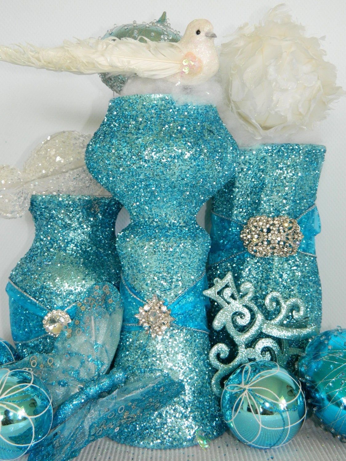 Wedding decorations wedding centerpiece shabby chic for Teal decorations for the home