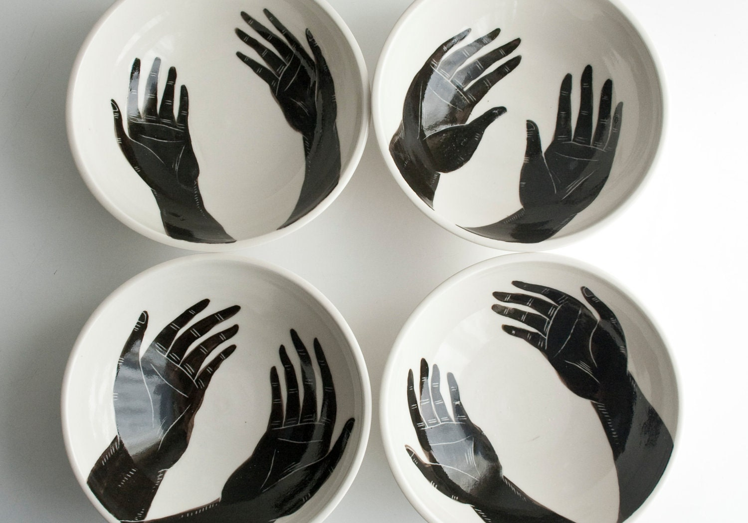 Grasp (Porcelain Bowls) set of 4