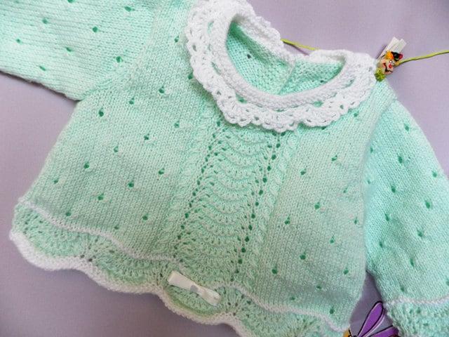 جدید -- ژاکت نوزاد در نرم یقه سبز با توری crocheted دست کشباف