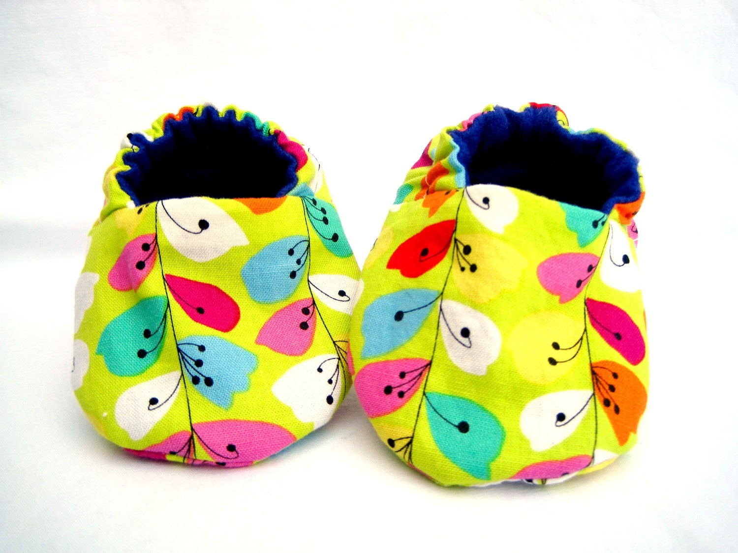 Baby Girl Shoes, Whimsy and Vines, Baby Booties, Crib Shoes - theLittleBerryPatch