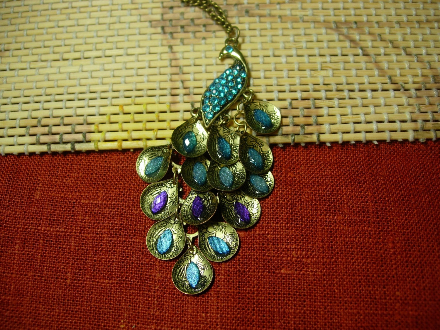 Peacock Necklace Fashion Antique Retro Bronze Peacock Dewdrop Rhinstone Long Chain Necklace