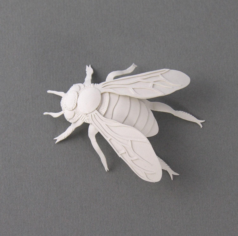 Bee Miniature Paper Sculpture - elsita