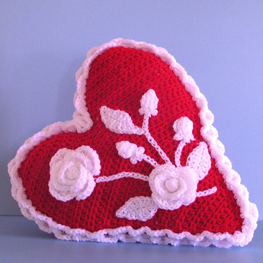 Crochet Pattern, Valentine Heart Rose Pillow, PDF File