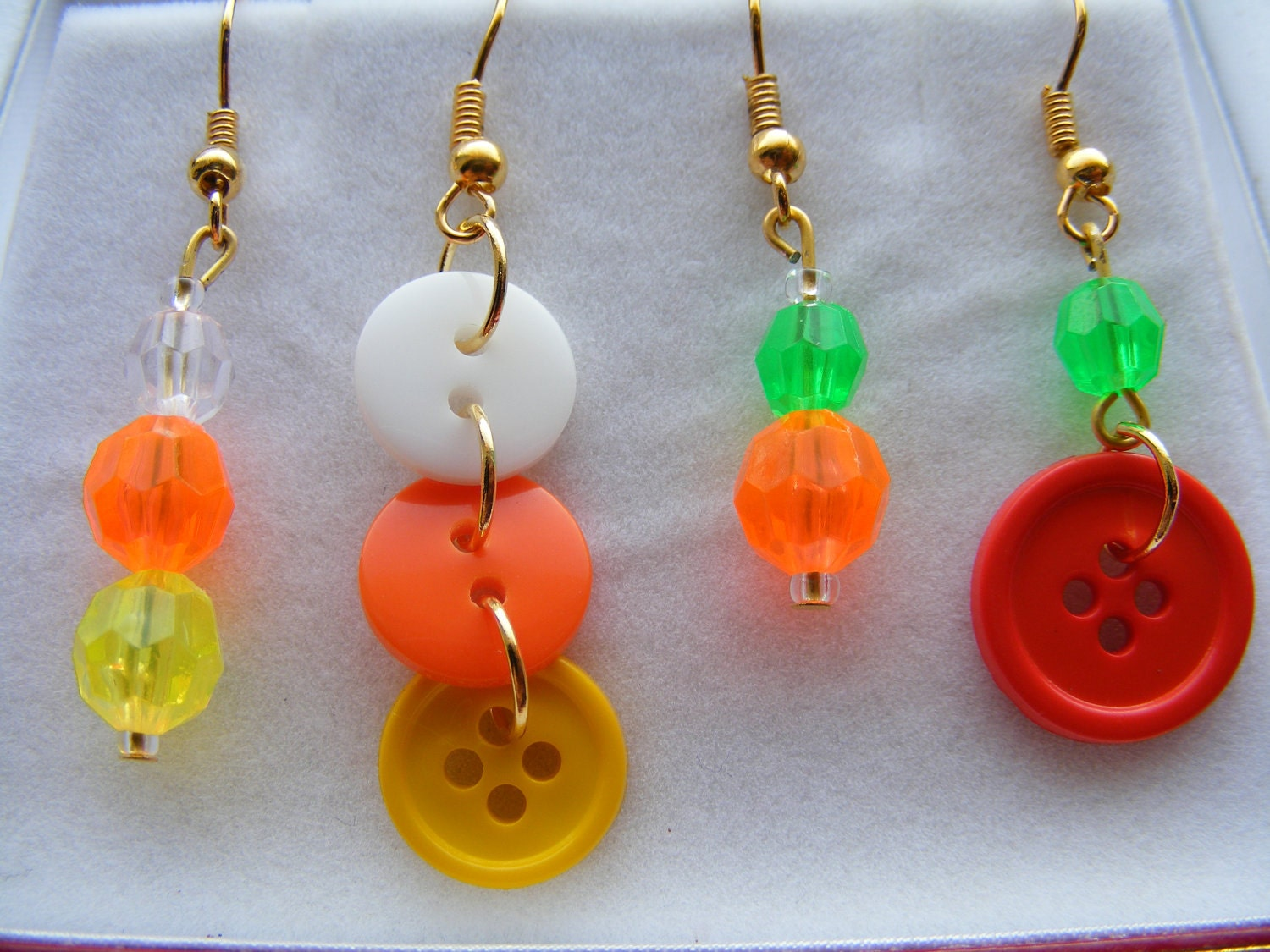 Earrings candy corns & pumpkins