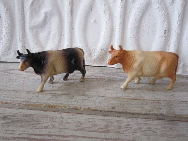 Pair Celluloid Cows