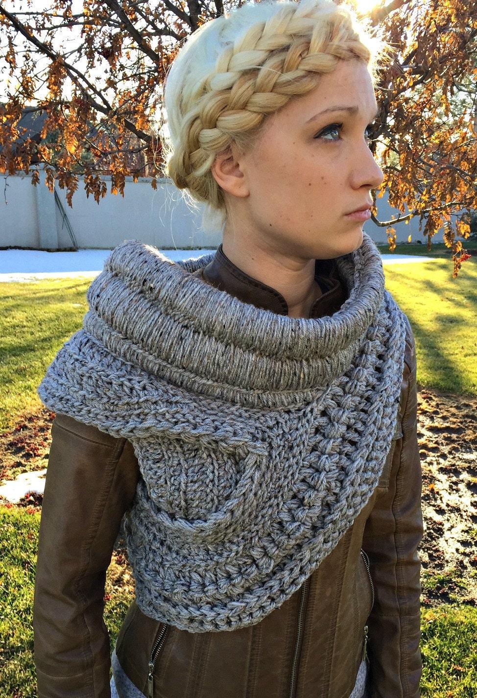 Luxury Katniss Cowl Free Crochet Pattern Image Sewing Pattern