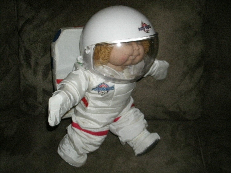 Космонавт из куклы своими руками 501