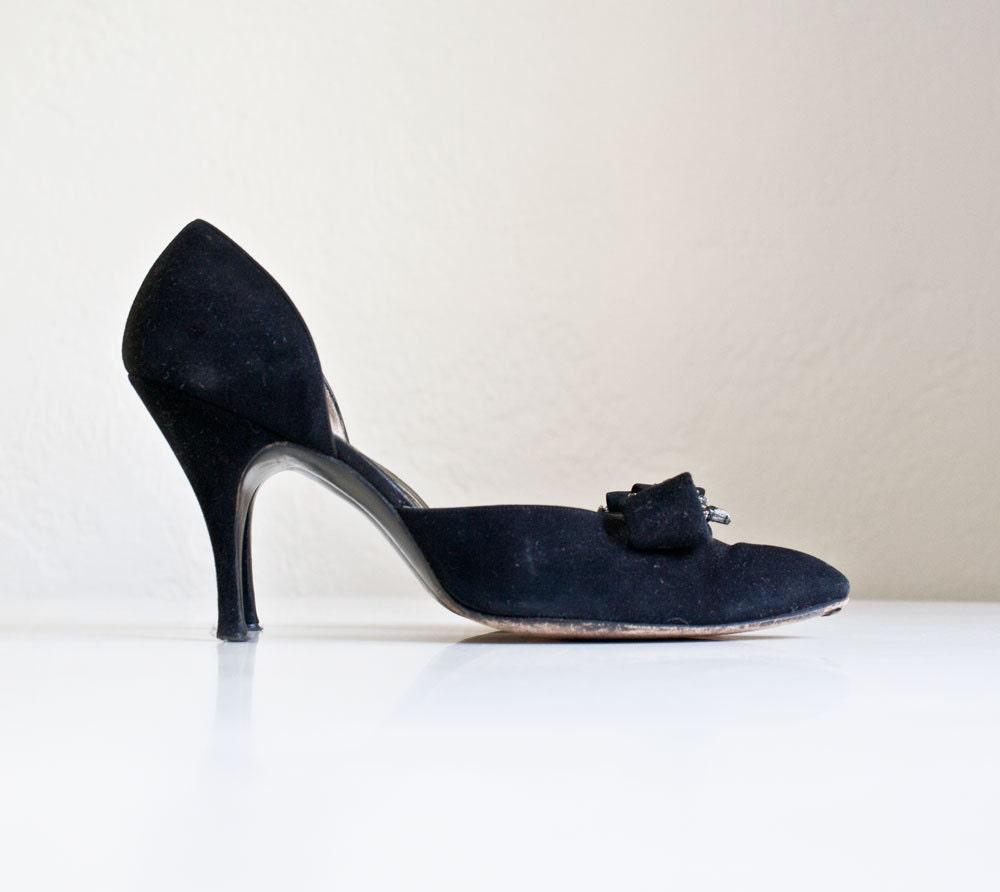 Vintage 1950s Black Felt Heels - kibster