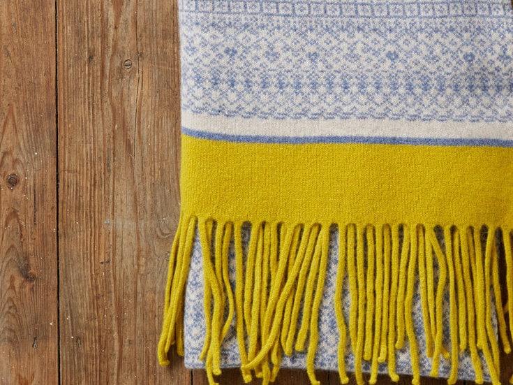 Knitted shawl Fair Isle wrap scarf blanket scarf wool Fair Isle shawl women knit shawl women knit scarf blue yellow shawl Scottish uk