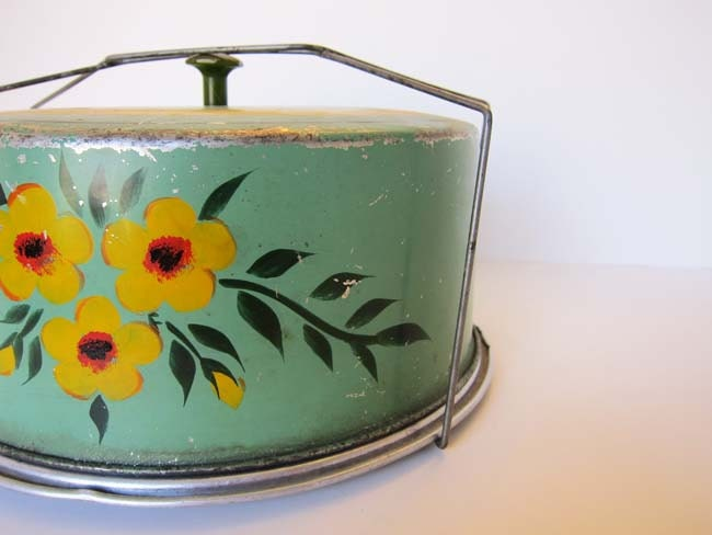 Vintage Green Cake Carrier - Hand Painted - ArtistryInteriors