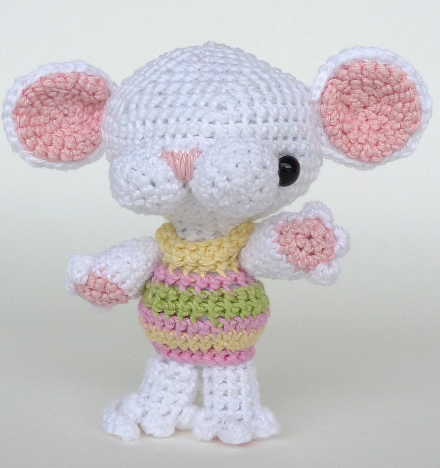 Items similar to Amigurumi Pattern Minou - the mouse ...