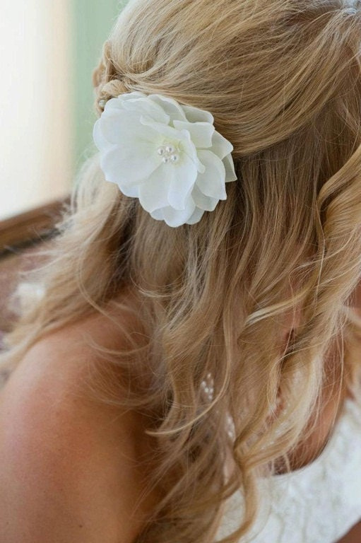 Seen on STYLE ME PRETTY ------- Bridal Hair Accessory - Wedding Accessory - Bridal headpiece - Bridal Hairpiece -Bridal Hair Flower