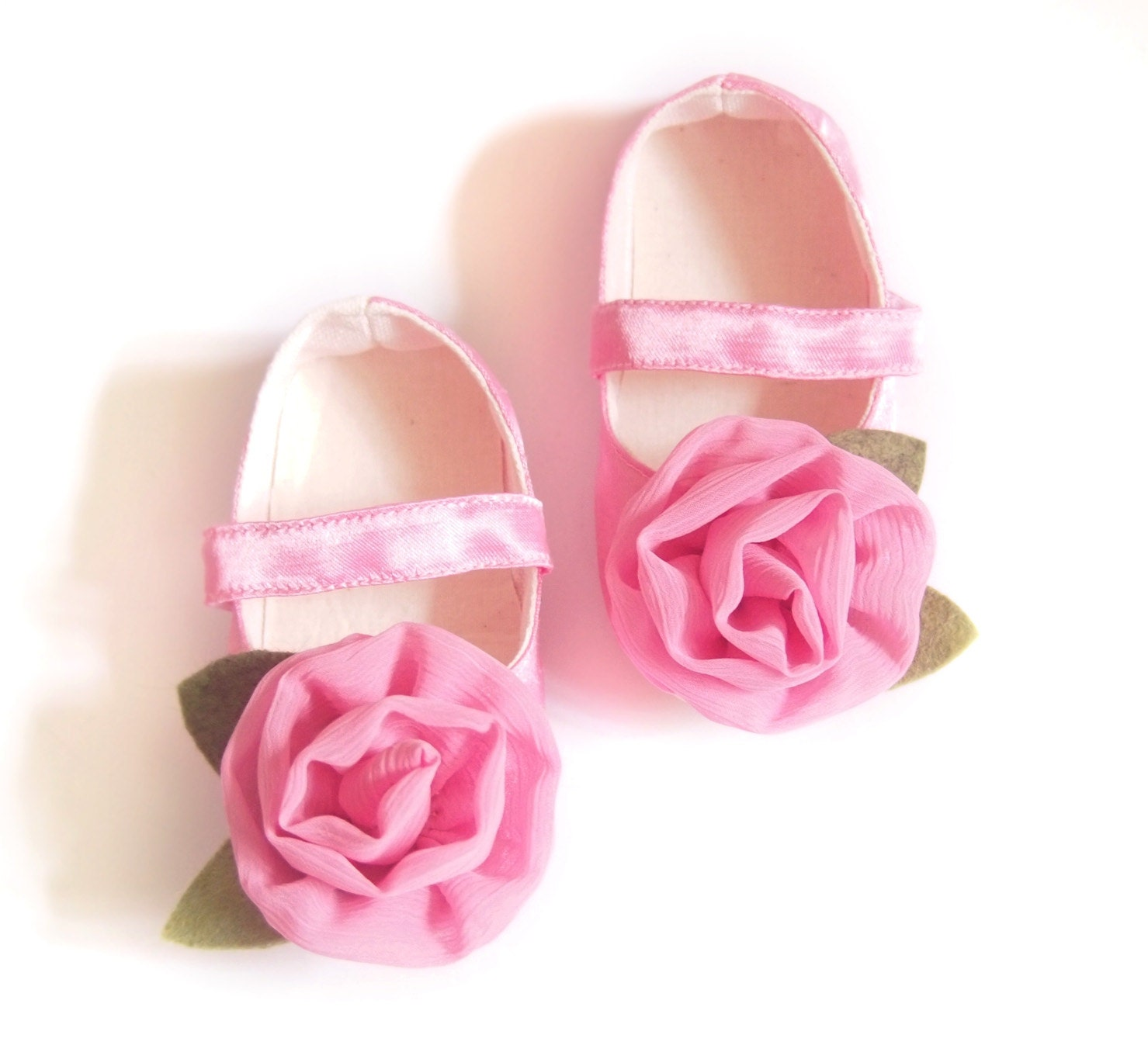 Baby Shoes, Toddler Shoes, Baby Girl Shoes, Newborn Shoes, Pink, Spring, Baby Shower Gift, New Baby, Baby Girl Clothes - littleserah