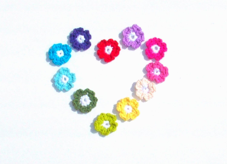 "11 Flower Appliques 1.5"" diameter - TootyLou"