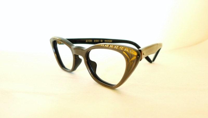 kate spade new york Womens Amara CatEye Sunglasses