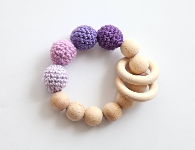 Lavender, lilac, violet teething ring toy with crochet wooden beads. Rattle for baby. - nihamaj