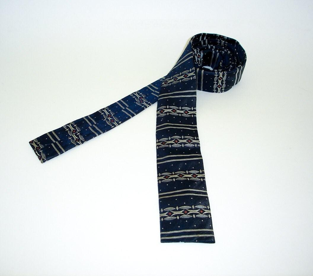 skinny necktie for men 1950s