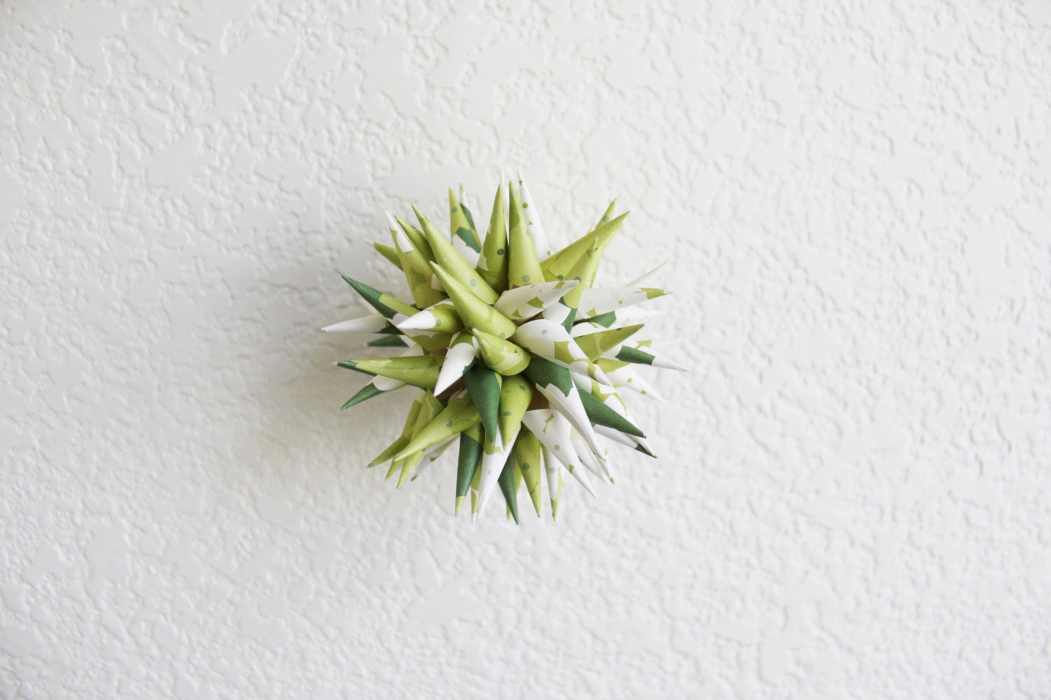 wedding gift . 4'' polish star . paper urchin . spiky ball . home decor . holiday ornament -spring garden - myCrazyHands
