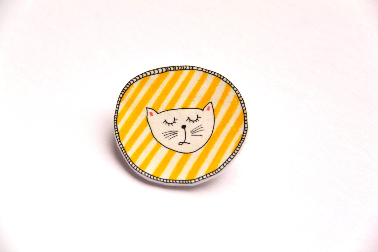 snob kitty face brooch, yellow and stripy round shrink hand painted plastic pin - acoupleofsmiles