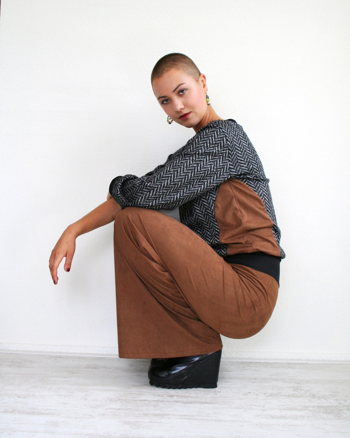 Brown vegan suede pants, wide leg trousers, made to order in sizes S M L XL - Bartinki