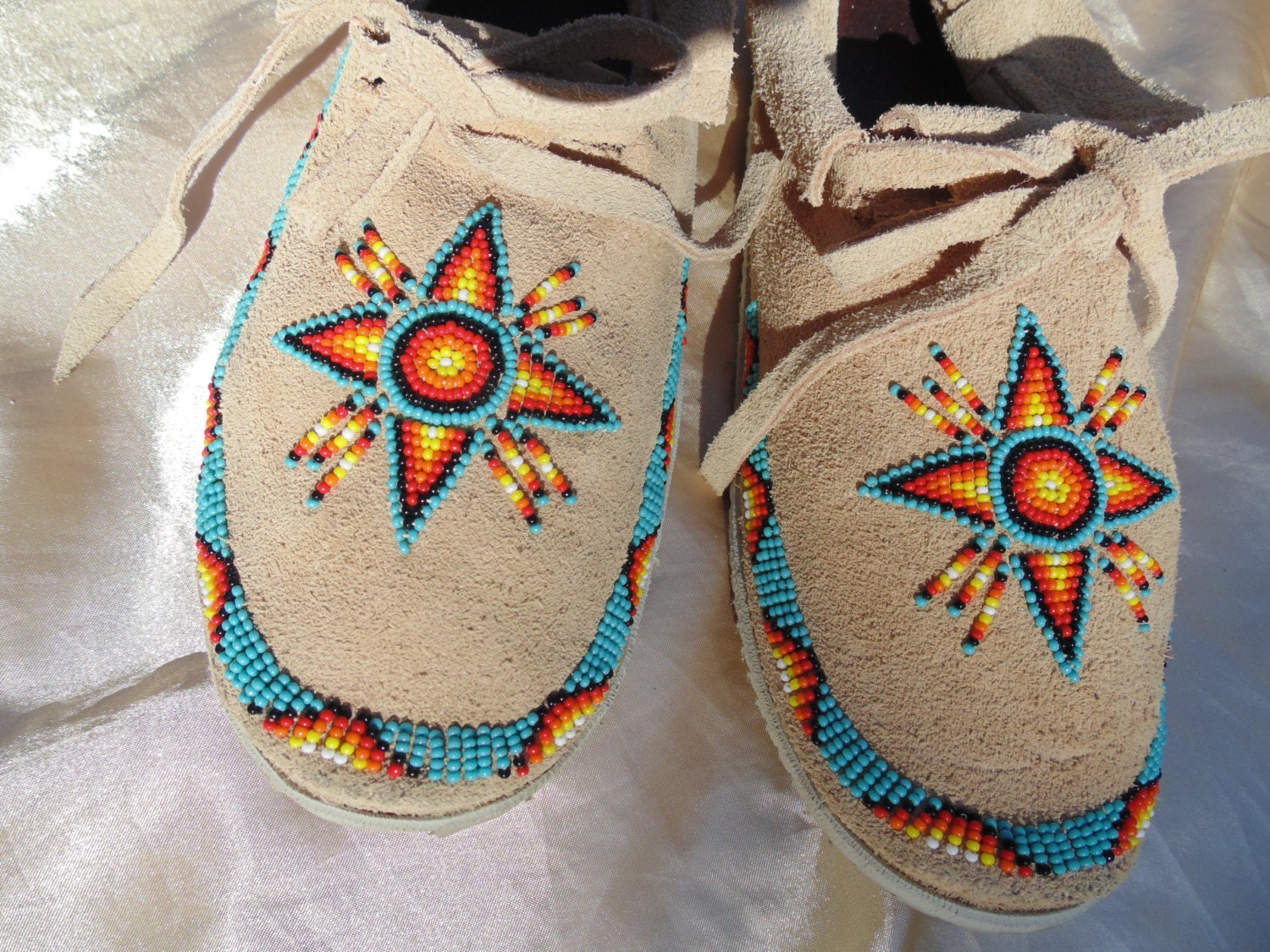 Handmade native american moccasins worn once women s size 6 1 2