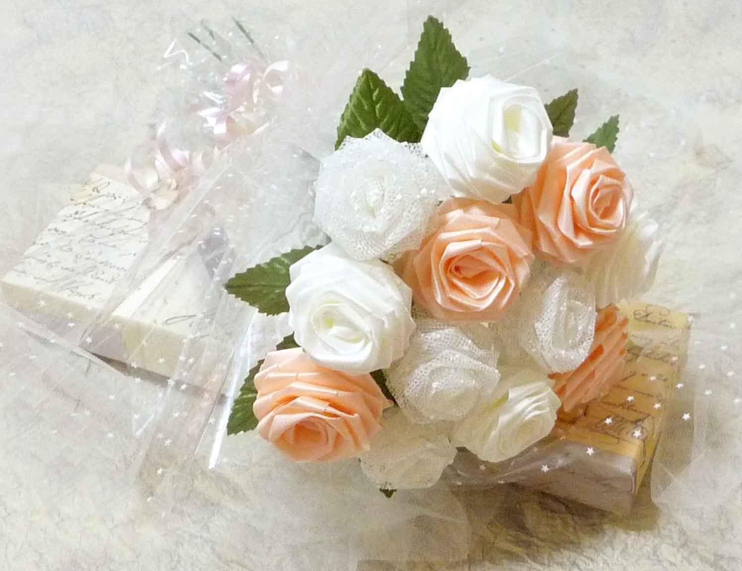 Букет из цветов из лент своими руками мастер класс