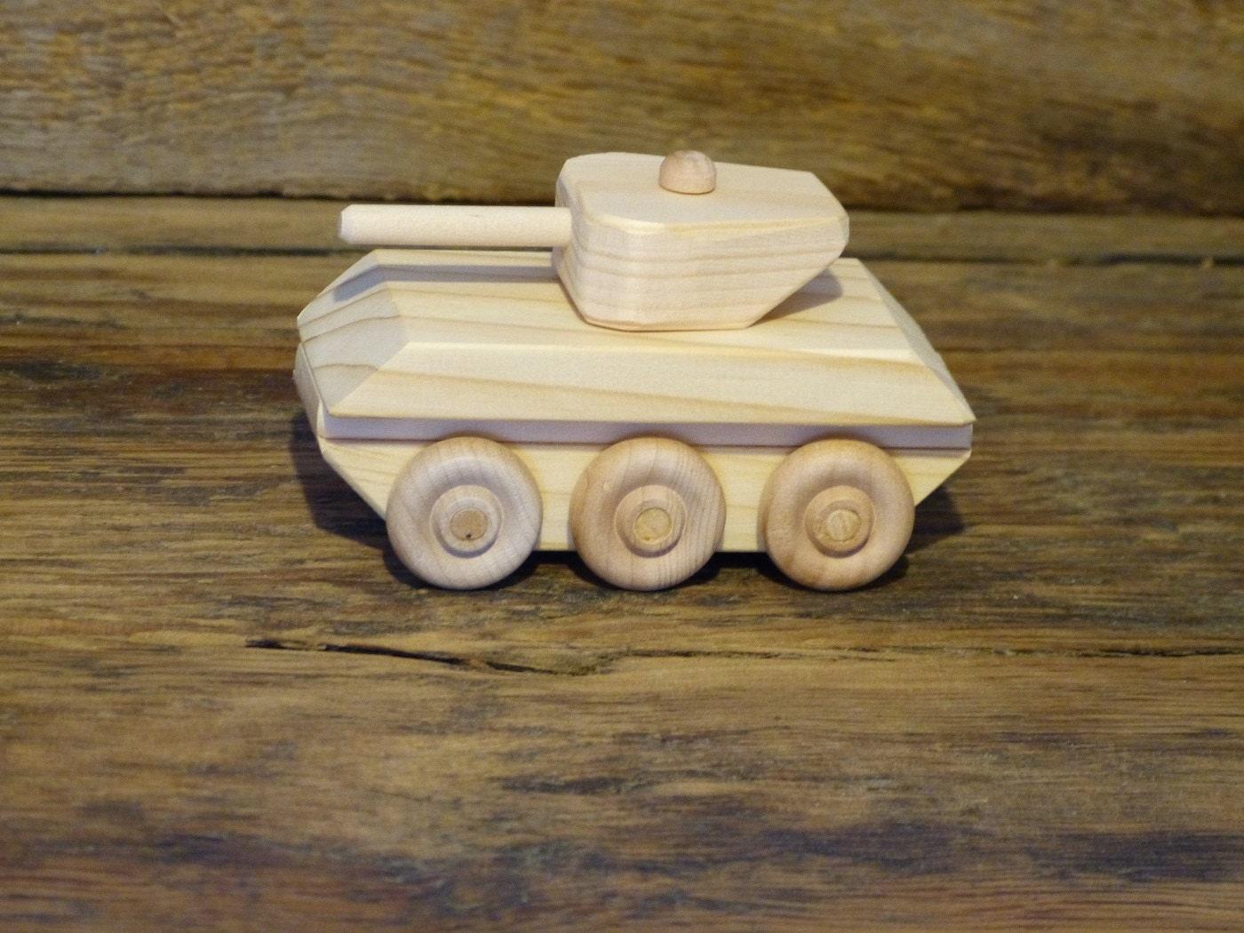 Как сделать военную машину из дерева