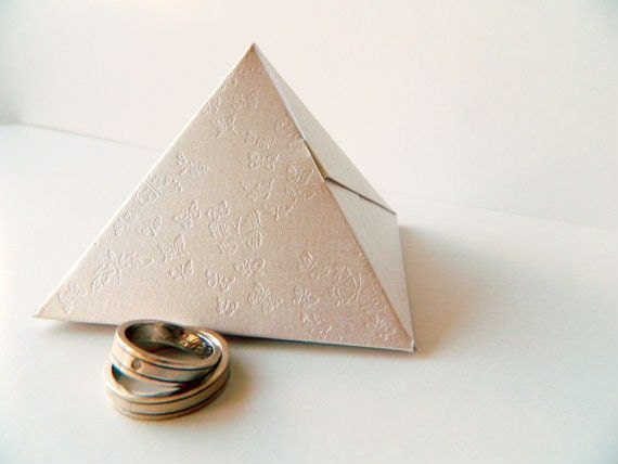 20 Pyramid favor boxes - Wedding Favors - Ivory Shimmer Cardstock  - Butterfly Deboss - 3.07 x 2.36 (h) - FunkyBoxStudio