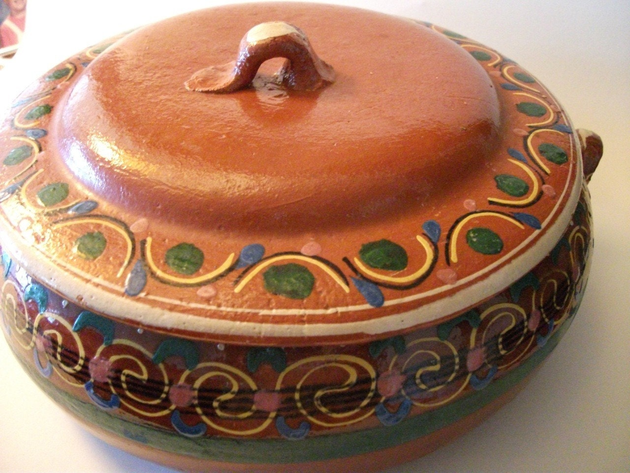 Vintage Large Hand Painted Mexican Clay Bean Pot With By