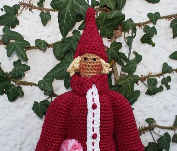 Tiny Crochet Doll Patterns : Amigurumi SANTA crochet pattern by CAROcreated on Etsy