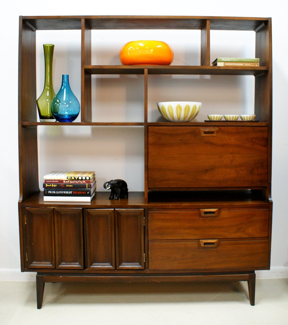 Vintage Mid Century Modern Wall Unit Room by TheModernHistoric