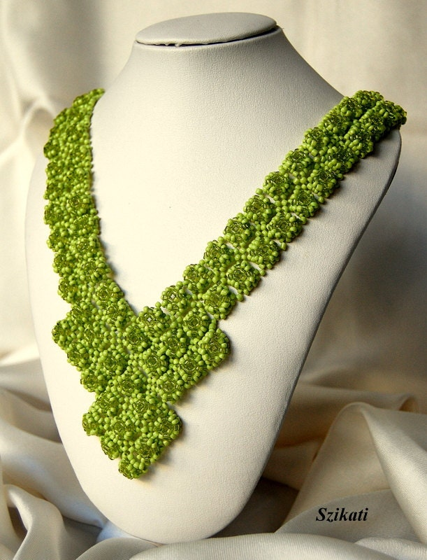 Beaded green necklace, fall fashion, autumn colors, OOAK