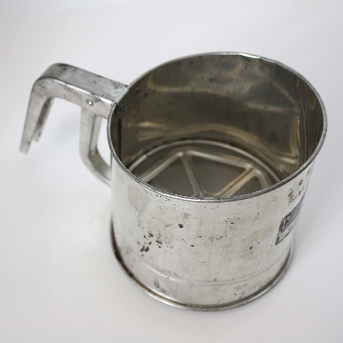 flour sifter - photo #1