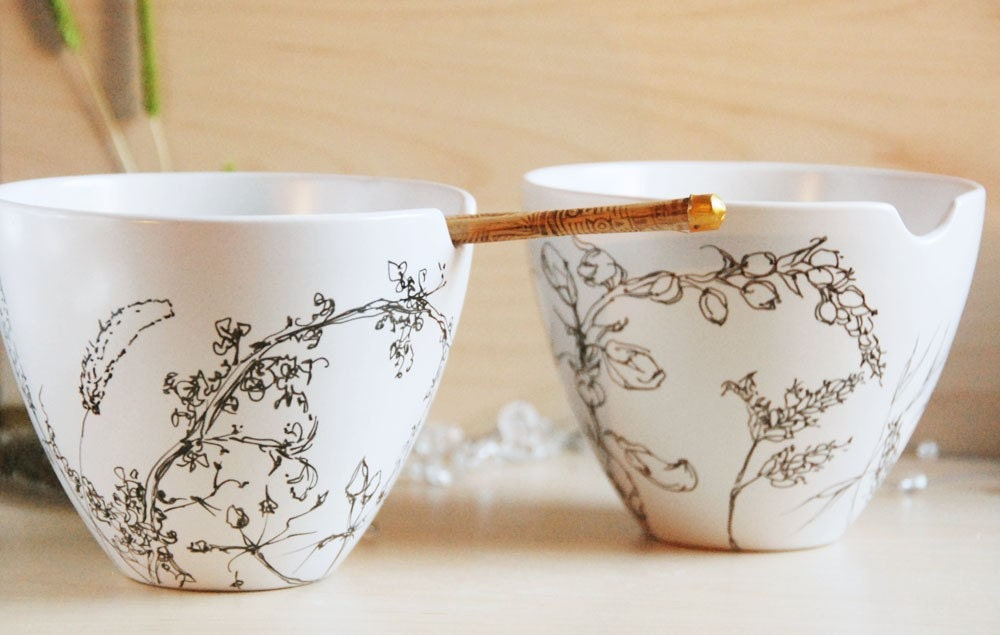 Noodle Bowl Set with Chopsticks - Dry Grass, Line Drawing - made to order - yevgenia