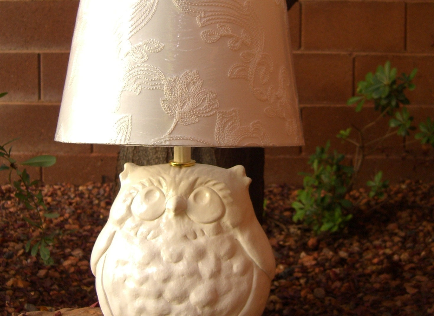 Ceramic Owl Lamp in White Without Lamp Shade - allyourstories